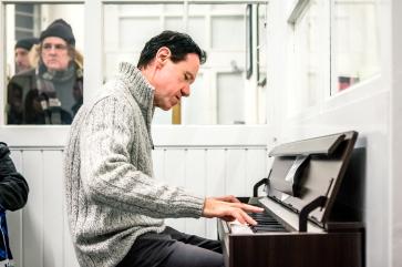Patrick Péronne am Piano